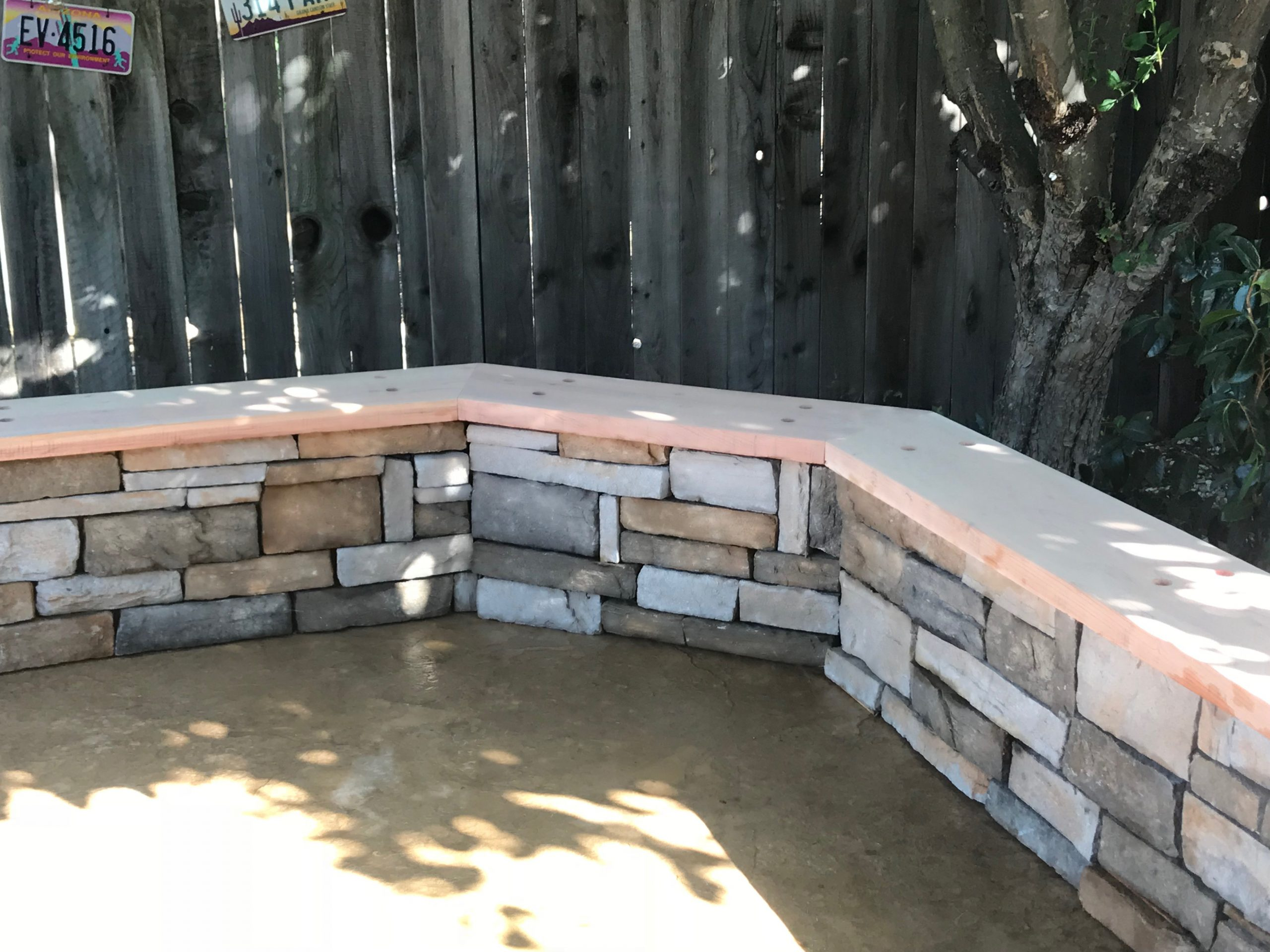 this is an image of the simi valley stone veneer