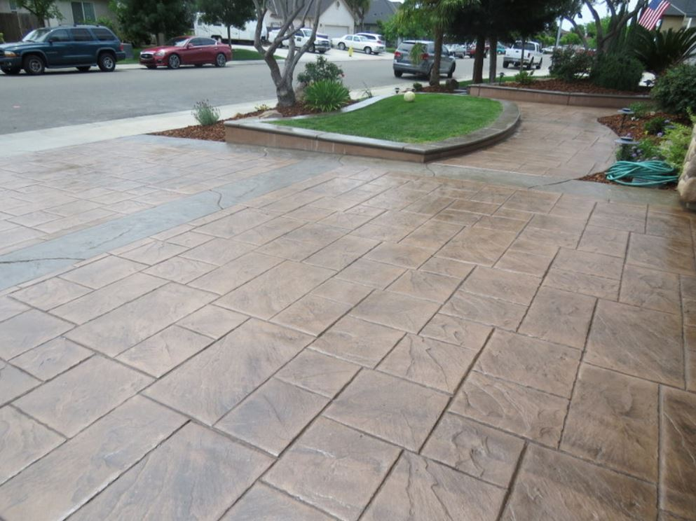 this image shows stamped concrete driveway in simi valley