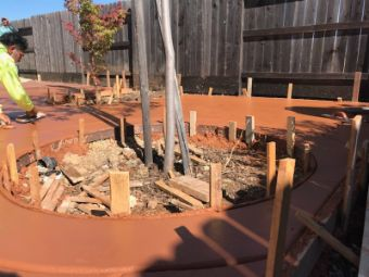 Simi-Valley-concrete-pouring