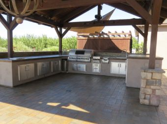 Simi-Valley-outdoor-kitchen-countertops